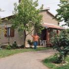 Landhaus Italien: Ruhig Gelegenes, Bestausgestattetes Haus Inmitten Von ...